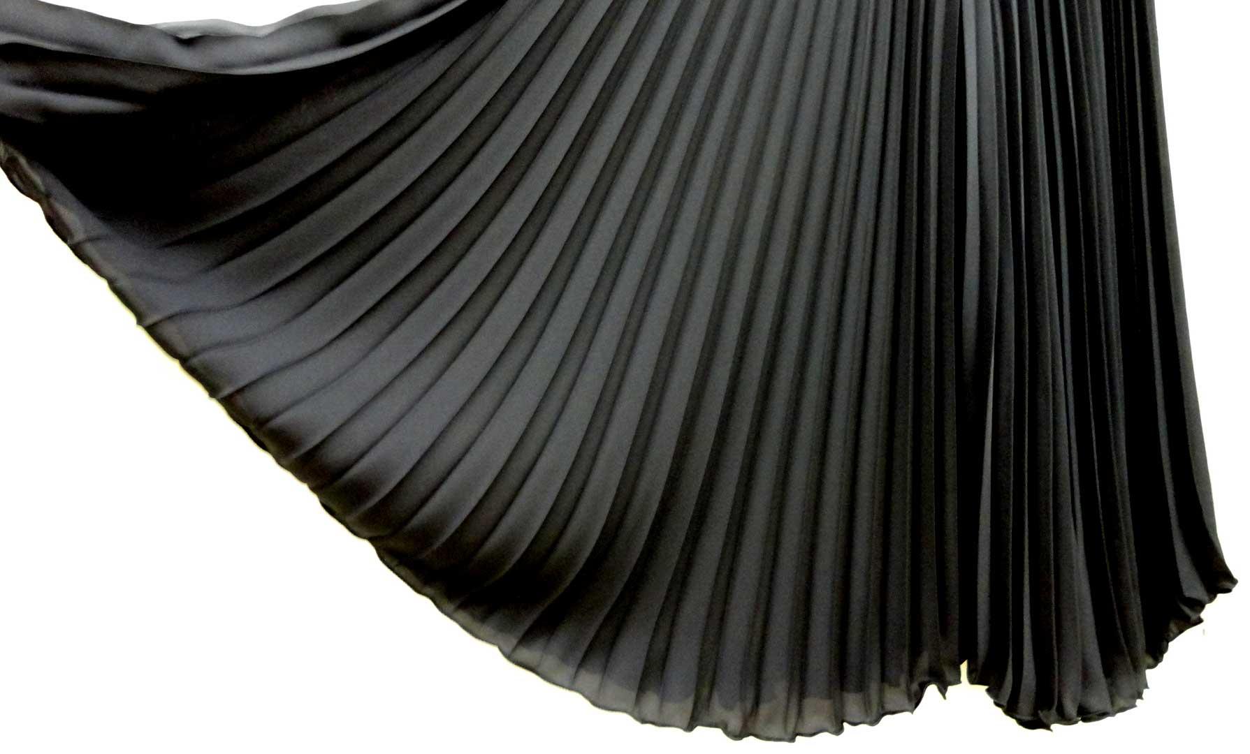 065プリーツパンツ黒b4
