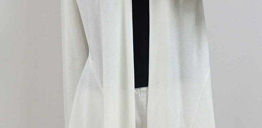 綿100%の長袖のロングカーディガン白