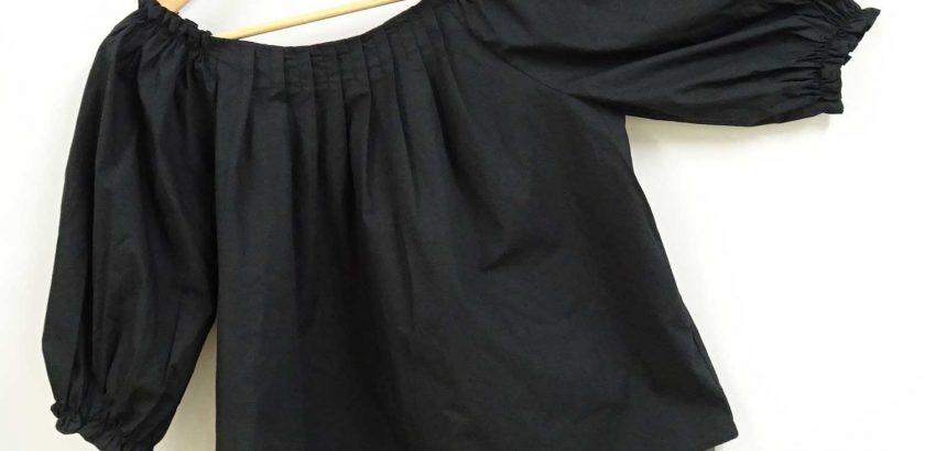 オフショルブラウスゴムギャザー7分袖丈黒