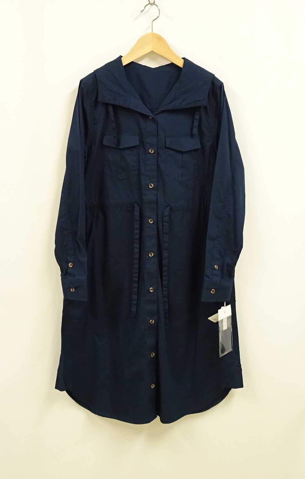 シャツ型デザインのコットンボタンワンピースネイビー